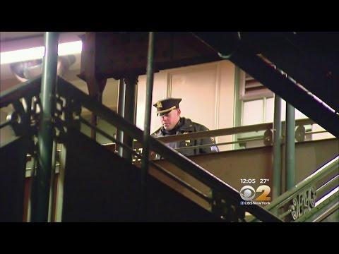 Slashing, Robbery On Bronx Subway