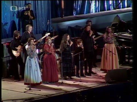 Johnny CashJohn Carter Cash and The Carter Family -  Wabash Cannonball  in Prague