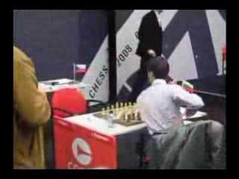 Cheparinov refuses handshake (chessdom.com)