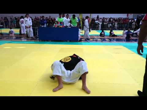 Samantha Garces BJJ Vs. Antonio Rozic Judo