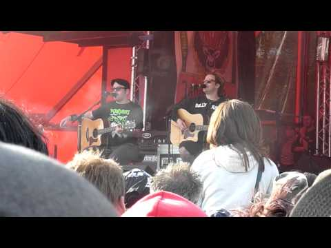 Bowling For Soup  Phineas & Ferb Theme Song  at Download Festival 2011