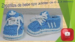 Zapatillas tipo adidas para bebe de 0 a 3 meses.