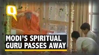 Modi Condoles the Demise of his Guru Swami Dayananda Saraswati