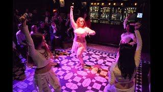 Danza con dagas - Bellydance with daggers (Ojos del Nilo dirigido por Jarifa)