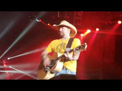 Jason Aldean - Any Ol Barstool LIVE