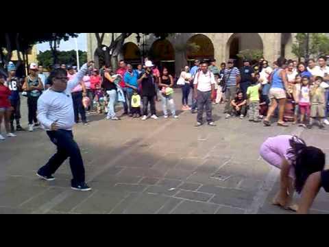 bailando high energy plaza fundadores guadalajara