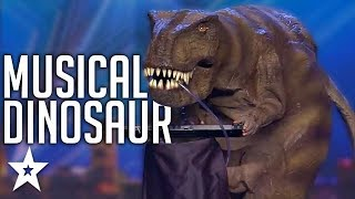 A SINGING DINOSAUR On Spain's Got Talent? | Got Talent Global