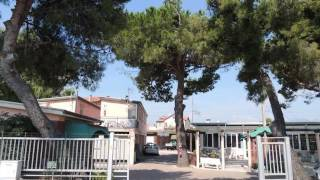 Bungalow Camping Rivamare - Hotel in Albenga, Italy