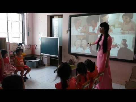 Tiết dạy kể chuyện Ba cô gái ^^