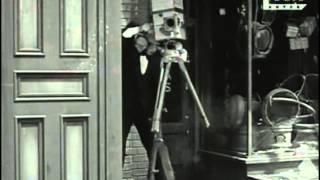 007 - El Cameraman (1928)
