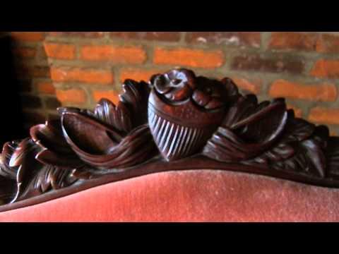 Antique EAGLE HEAD Couch Vintage AMERICAN FLAG Carved SOFA Brass Castors Louis