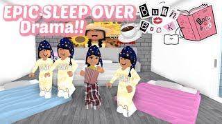 I INVITED THE POPULAR GIRLS TO MY SLEEPOVER...! II Roblox Bloxburg