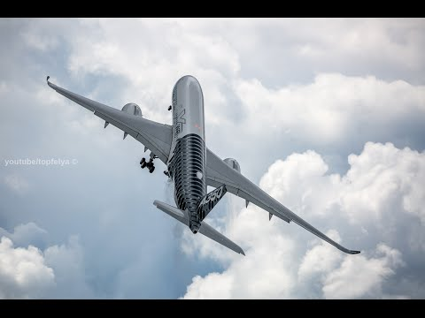 Airbus super takeoffs Farnborough airshow 2016 July 11first opening day