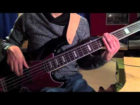 The Clash - The Magnificent Seven Bass Tutorial