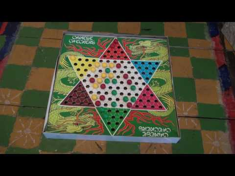 How to play Chinese Checkers: Board Games