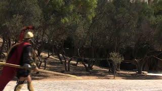 Un goteo de turistas regresa a Grecia en medio de las restricciones del virus