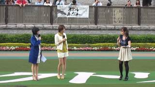 谷桃子、パドックにて事件について語っちゃう(^_^.)。 谷桃子 動画 27