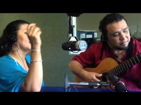 """En la radio """"Bajo la Ceiba""""(1)"""