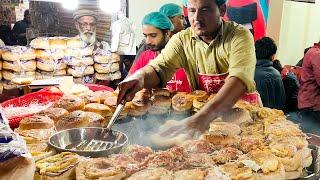 Special Egg Shami Burger | Super Fast Cooking Skills | Egg Anda Bun Kabab at Street Food of Karachi