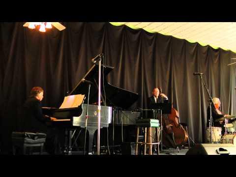 """AFTERNOON IN PARIS"": KEITH INGHAM PLAYS JOHN LEWIS (Chautauqua 2011)"