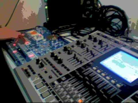 "DJ Galactic - ""Xa"" with Roland MC 909 and Korg EMX"