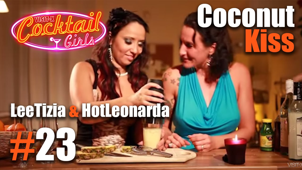 #23 LeeTizia und HotLeonarda mixen Coconut Kiss - YouTube