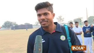 Watch Indian Fast Bowler Umesh Yadav Chat with India TV