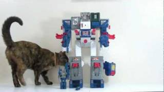 video review of the transformers g1 fortress maximus