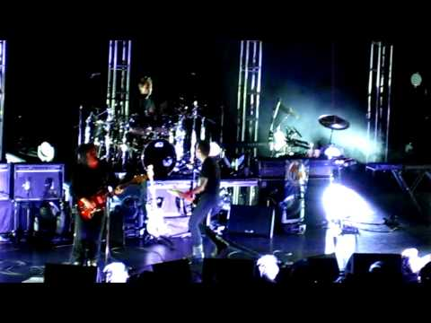 The Cure opening with Three Imaginary Boys at the Beacon Theatre, NYC! (11-25-11)