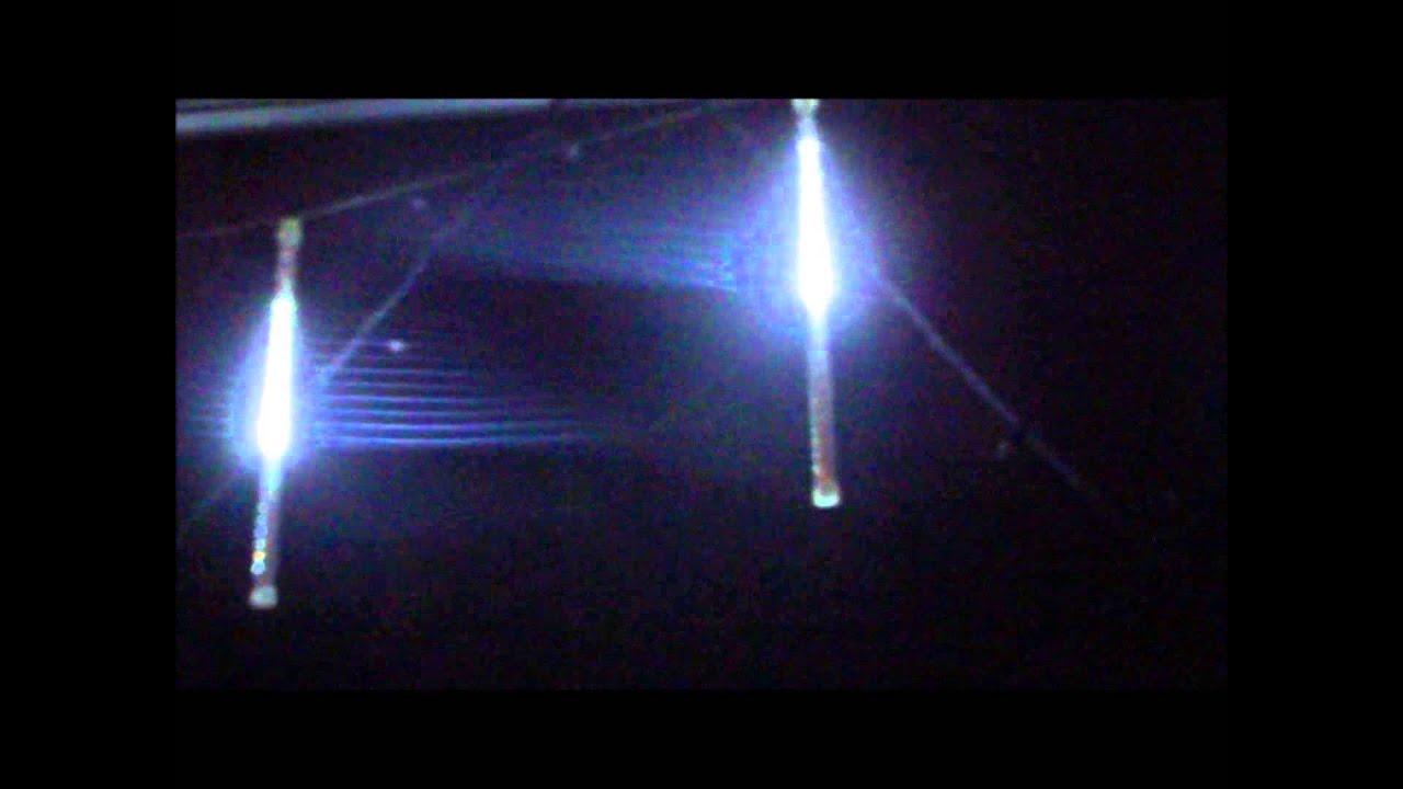 Weihnachtsbeleuchtung Eiszapfen Lauflicht.Led Meteor Eiszapfen Von Lumina Swiss
