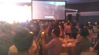 民生書院90周年晚會精選 千人唱校歌: 燈傳校訓 人人為我