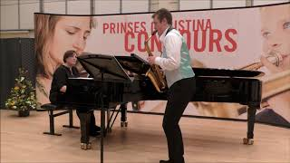Concerto voor Alt Saxofoon van R. Binge. Pianist: Liesbeth Eggen.