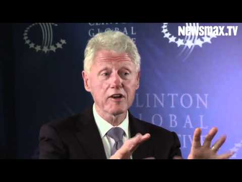 Bill Clinton: Don't Raise Taxes or Cut Spending in Flat Economy