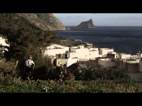 On the island with Jey Clementz – Fabien Barel presents S2E1