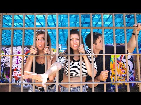 Stuck In A Cage At An Abandoned Zoo with TheGabbieShow