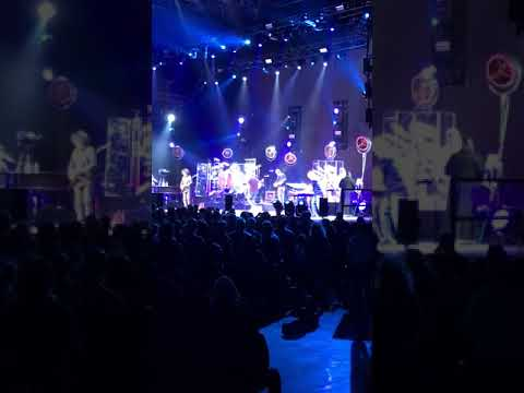 Toto live at marseille 25.03.2018