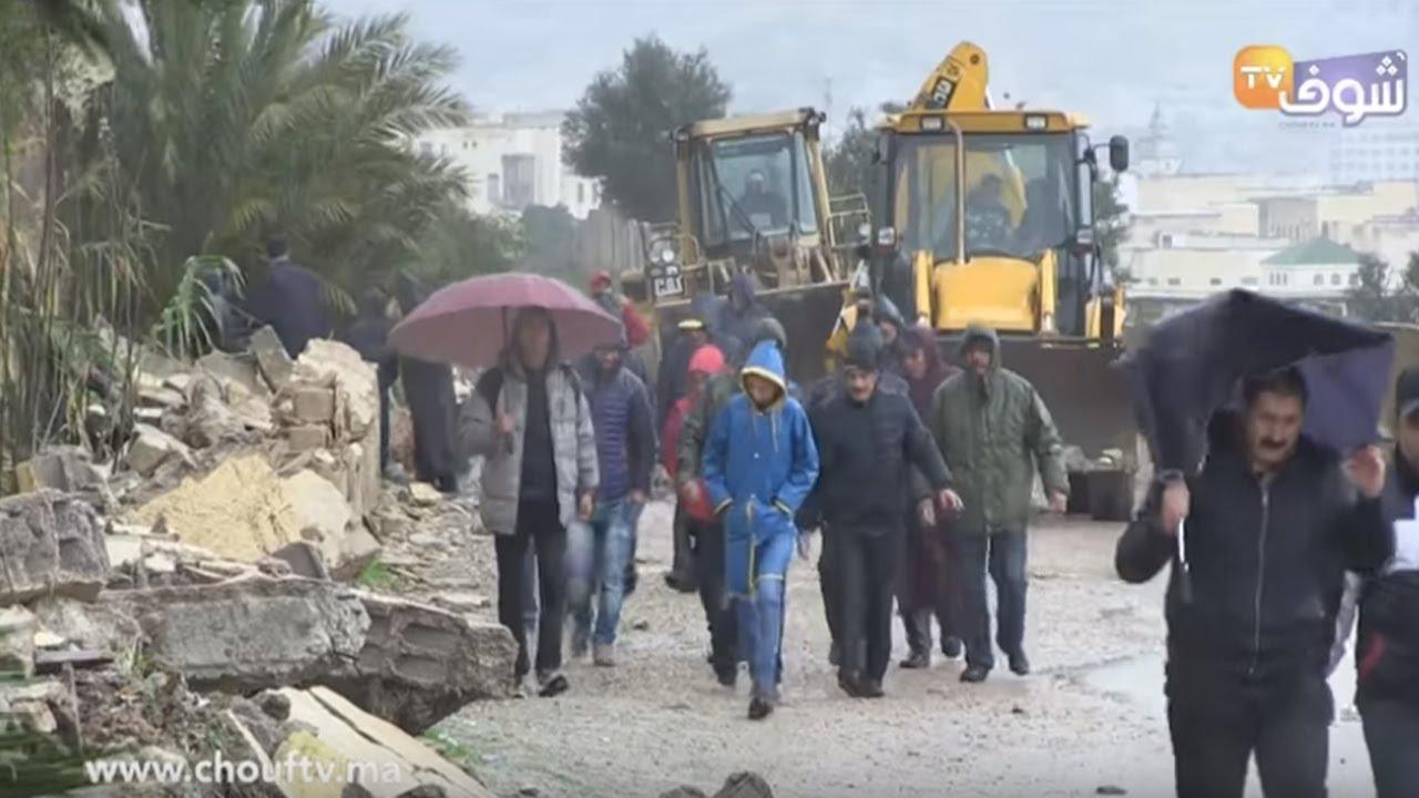 شاهد على فاجعة وفاة تلميذين في انهيار سور مدرسة بفاس : منين طاح السور  بكيت على الولد