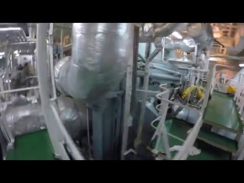 Inside an LNG Steamship: Condenser Cleaning