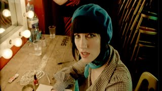 Watch Long Blondes Weekend Without Makeup video