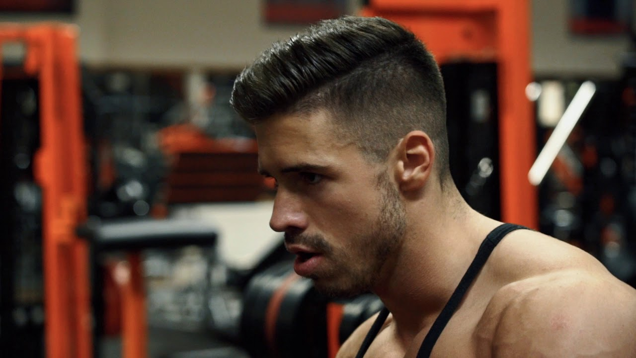 Download Motivációs videó, váll-edzés a Gym City-ben