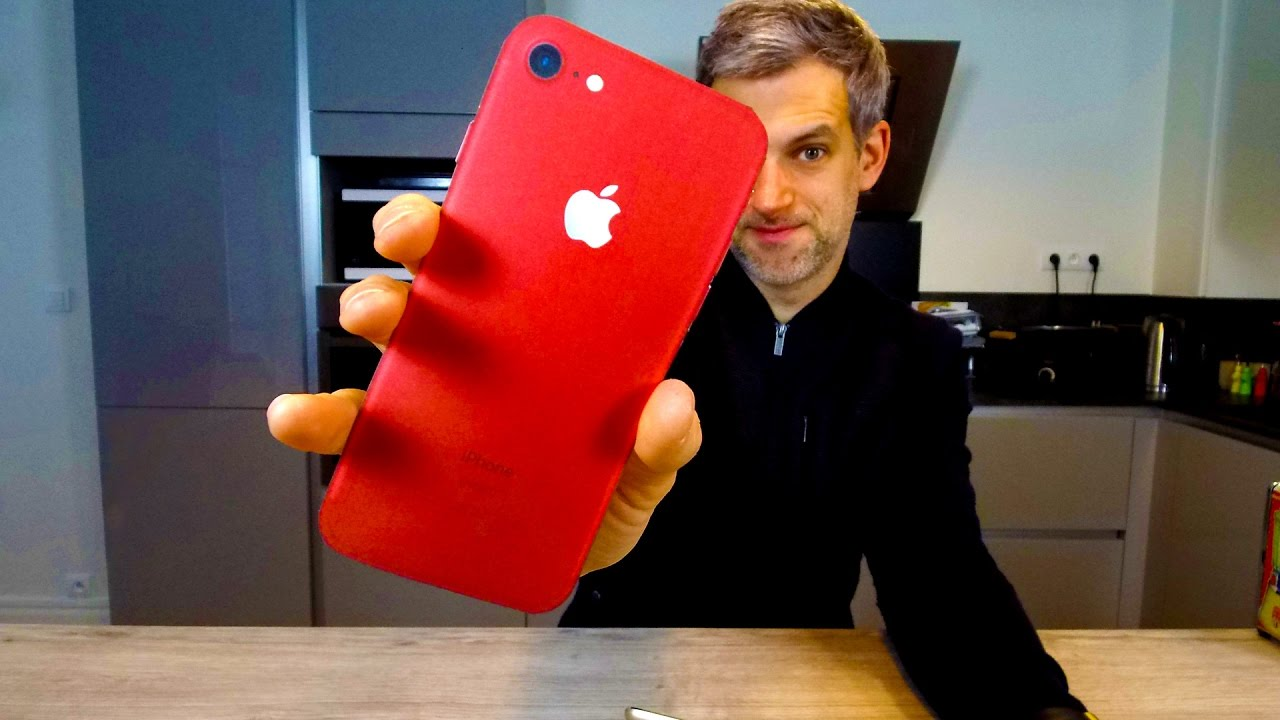 iphone 7 rouge la le on marketing d 39 apple avec la gamme red special edition youtube. Black Bedroom Furniture Sets. Home Design Ideas