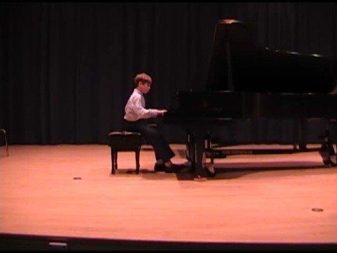 Sasha plays his Bumblebee Polka - Premiere