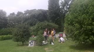 Парк отдыха в Милане Италия(Италия Парк отдыха в Милане Италия., 2012-06-05T05:23:25.000Z)