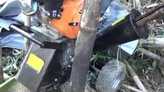 ヤフオクで出ている 「竹/木材/剪定くず粉砕等に強力粉砕機13馬力☆」で...