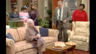 Gimme a Break S1E15 Grandma Fools Around