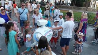 2 июля 2017. Крым.Пустая Ялта - туристов нет, одни кляти москали и роботы ))