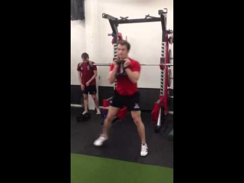 Breakaway Performance Goblet Lateral Lunge