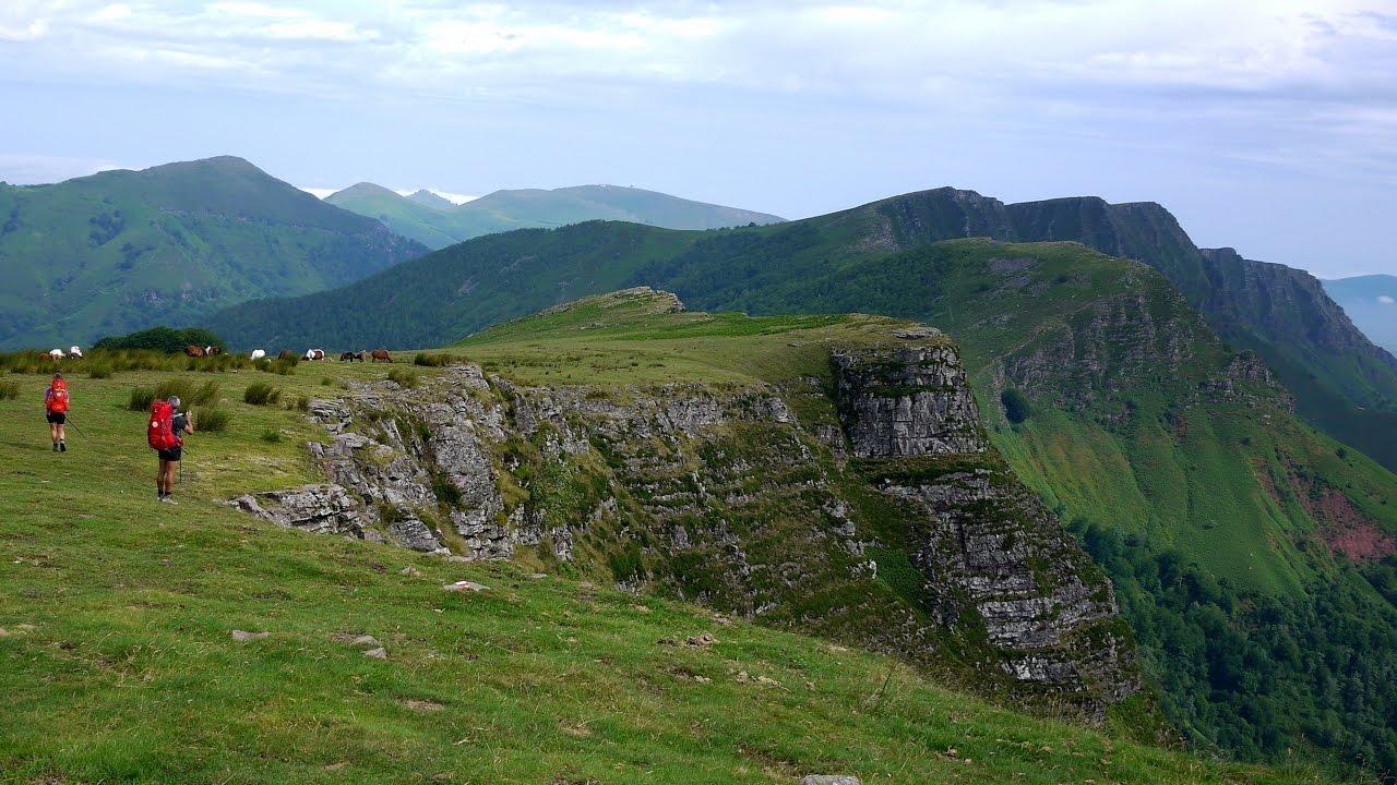 Gr10 pyrenees camino de santiago saint jean pied de port - Hotel des pyrenees saint jean pied de port ...