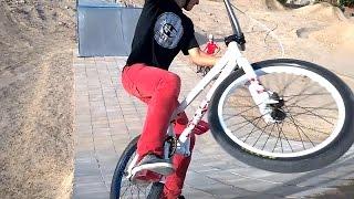 Bicipark Román otra tarde con las BMX y las dirt bike