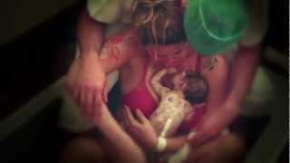 Repeat youtube video Parto Normal Humanizado . Nascimento Bel :)